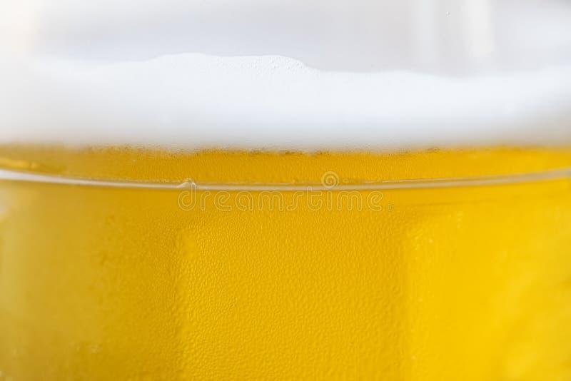 Piwo z piankowym zakończeniem obrazy royalty free