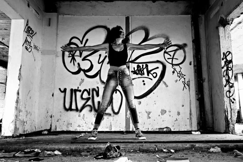 ΑΦΙΕΡΩΣΗ ΔΗΜΟΣΙΩΝ ΤΟΜΕΩΝ - pixabay-Pexels digionbew 18 08-09-16 δράμα και τα γκράφιτι ΧΑΜΗΛΟ RES DSC01954 στοκ φωτογραφία με δικαίωμα ελεύθερης χρήσης