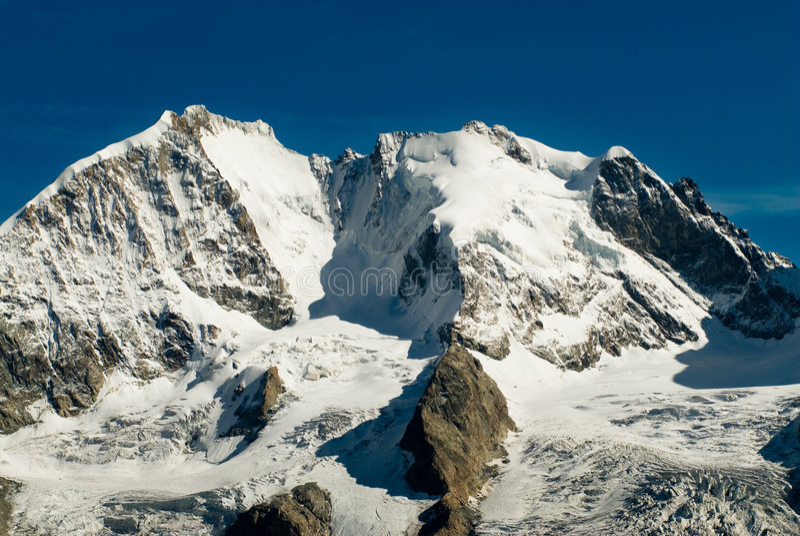 Piz Bernina imagens de stock