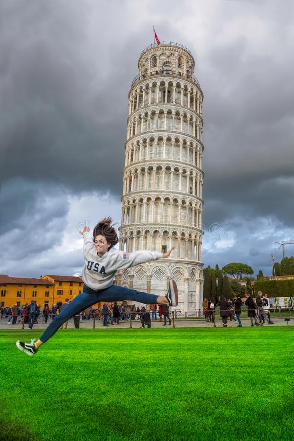 Piza Italien det sneda tornet royaltyfri foto