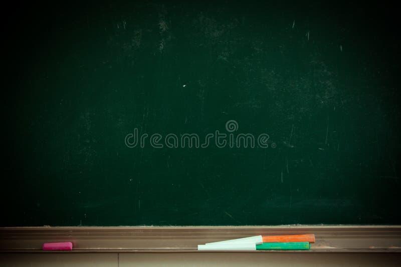 Pizarra de la sala de clase fotos de archivo