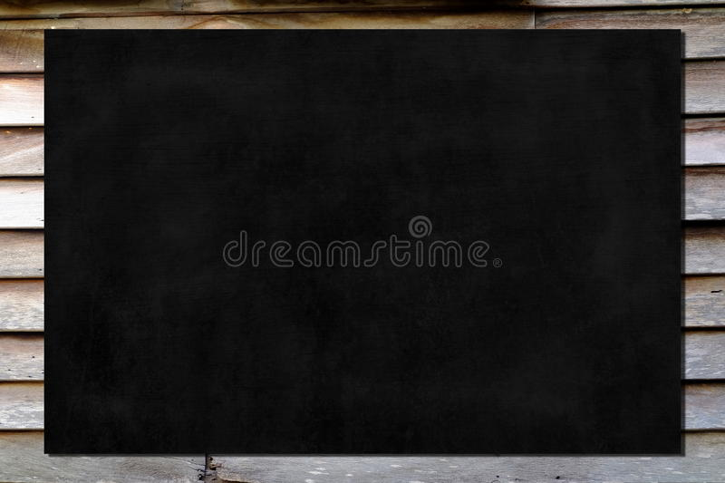 Pizarra en la pared de madera foto de archivo libre de regalías