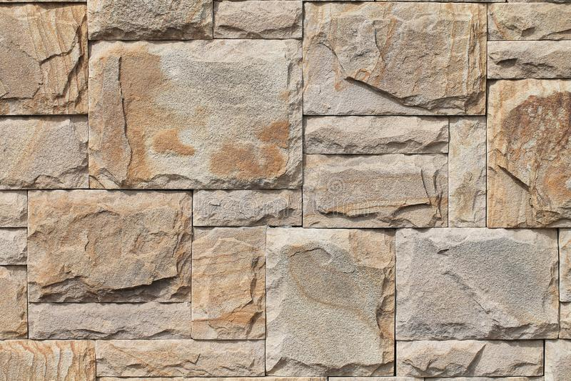 Pared de piedra natural interesting colocar piedra natural irregular en pared decoracion planos - Como colocar piedra natural ...