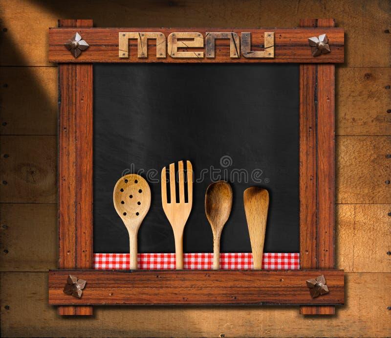 Pizarra vacía con los utensilios de la cocina stock de ilustración