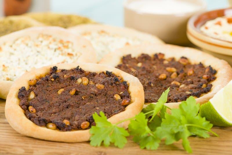 Pizza árabe imagen de archivo libre de regalías