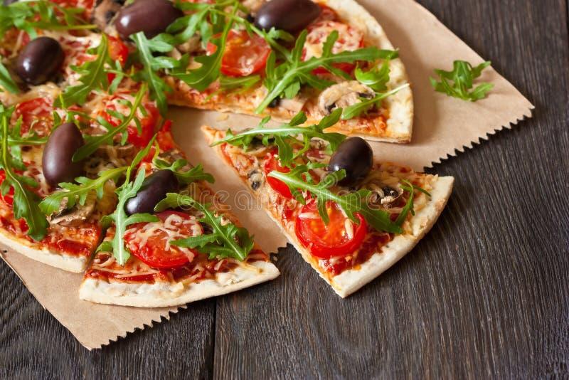 Pizza. arkivbilder