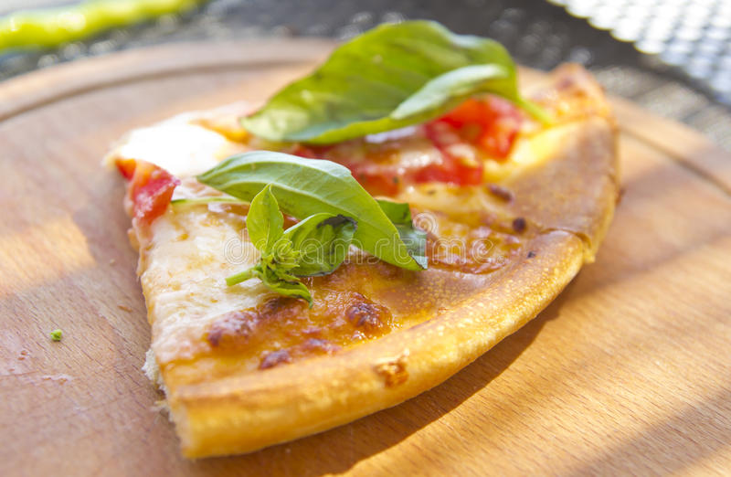 Download Pizza foto de archivo. Imagen de cooking, restaurante - 64211234