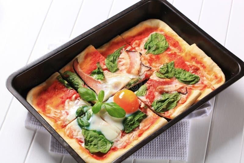 Pizza Alla Bismarck images stock