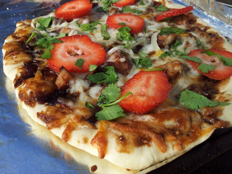 Pizza asada a la parrilla foto de archivo