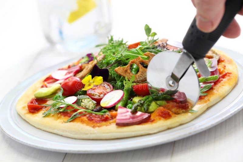 Pizza aux légumes saine photo libre de droits