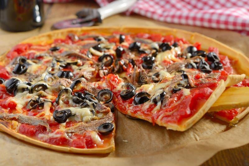 Pizza avec des anchois photographie stock