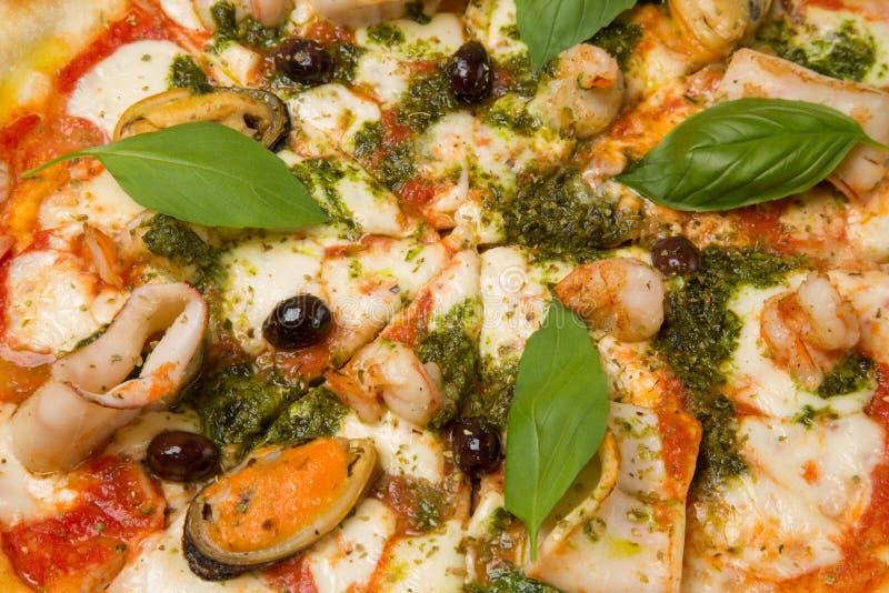 Pizza avec le plan rapproché de fruits de mer photo libre de droits