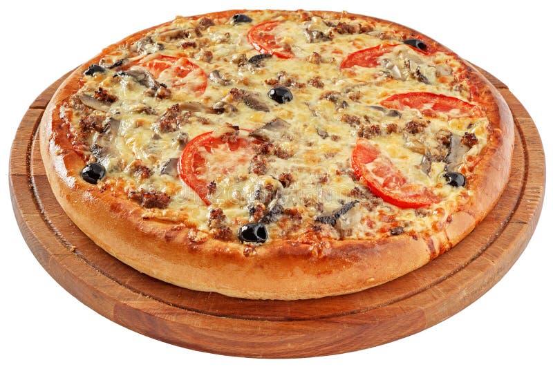 Pizza com carne e os cogumelos triturados fotografia de stock