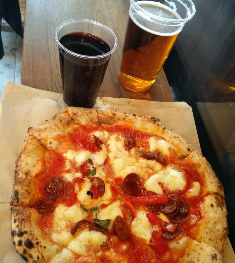Pizza dans Brixton image libre de droits