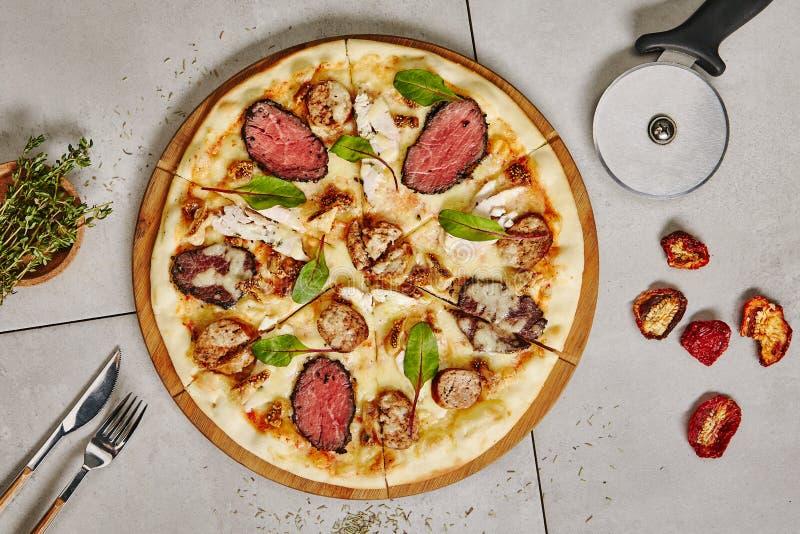 Pizza De Carne Bbq fotos de stock
