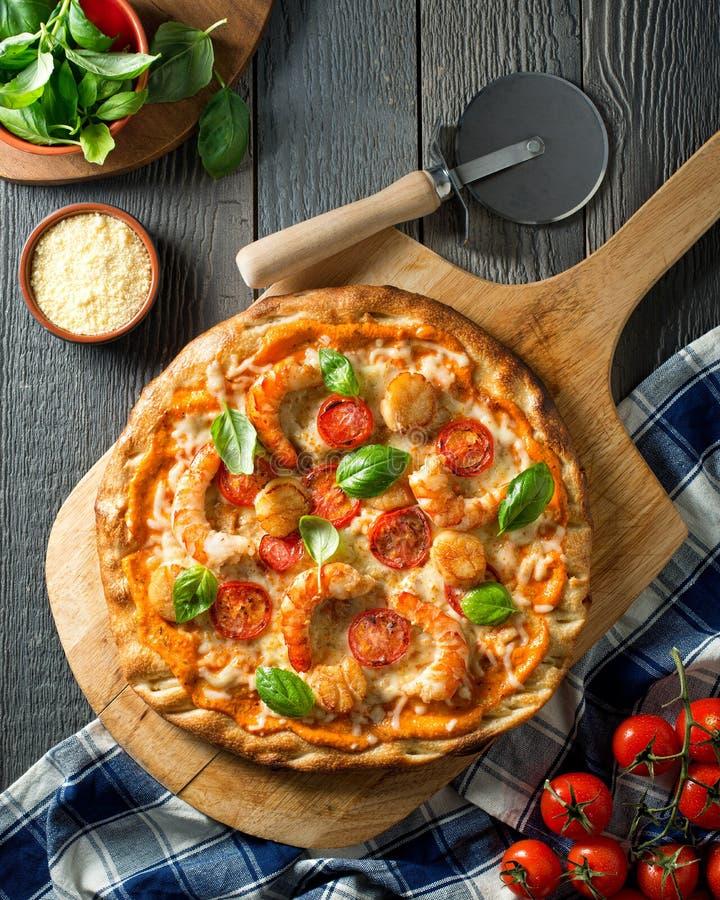 Pizza de fruits de mer images libres de droits