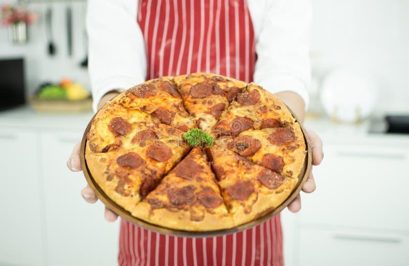 Pizza de jambon de plan rapproché image libre de droits