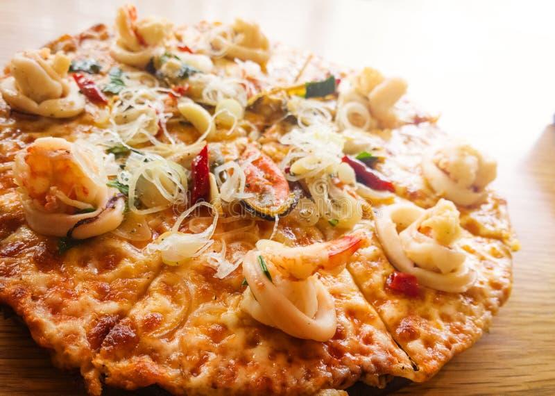 Pizza de los mariscos fotos de archivo libres de regalías