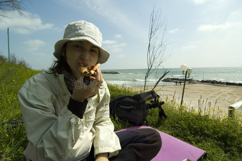 Download Pizza de matin photo stock. Image du océan, caucasien, repas - 732298