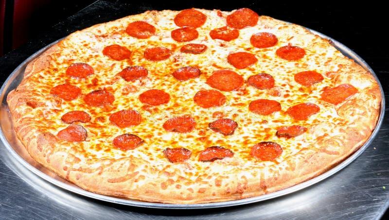 pizza de pepperoni photographie stock