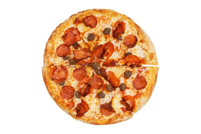 Pizza de viande avec des pepperoni, des boulettes de viande de boeuf, des morceaux de poulet et le lard photo stock