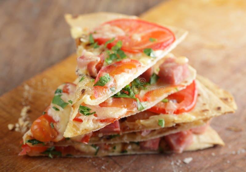 Pizza do Tortilla fotos de stock