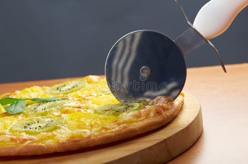 Pizza doce com fruto imagem de stock