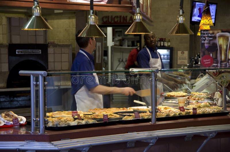 Pizza en deegwarenrestaurant stock afbeelding