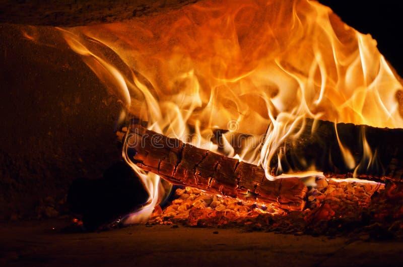 Pizza houten Owen stock afbeelding