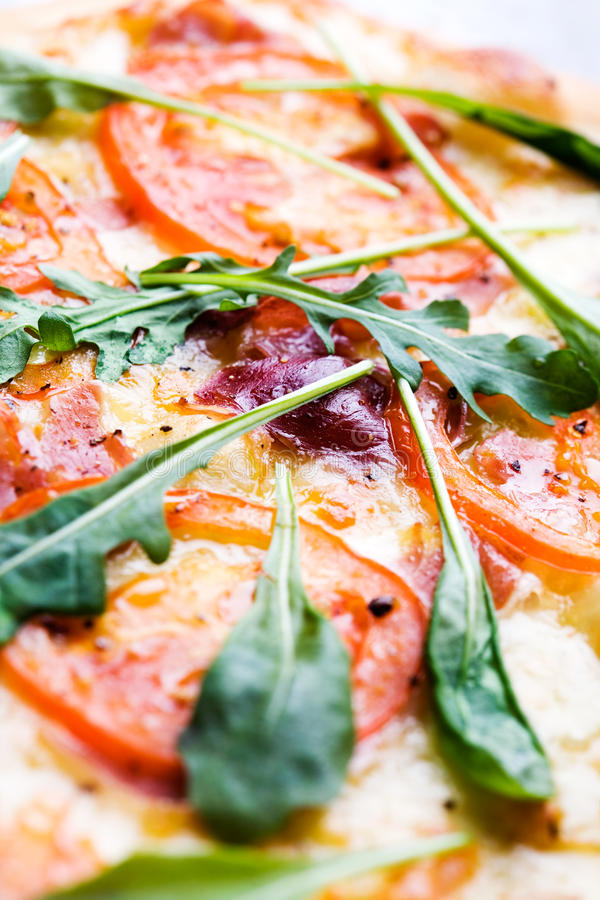 Pizza italienne photographie stock libre de droits