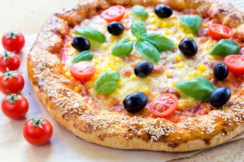 Pizza jugosa fotografía de archivo libre de regalías
