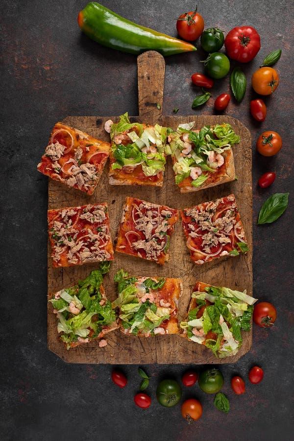 Pizza plasterki obrazy stock