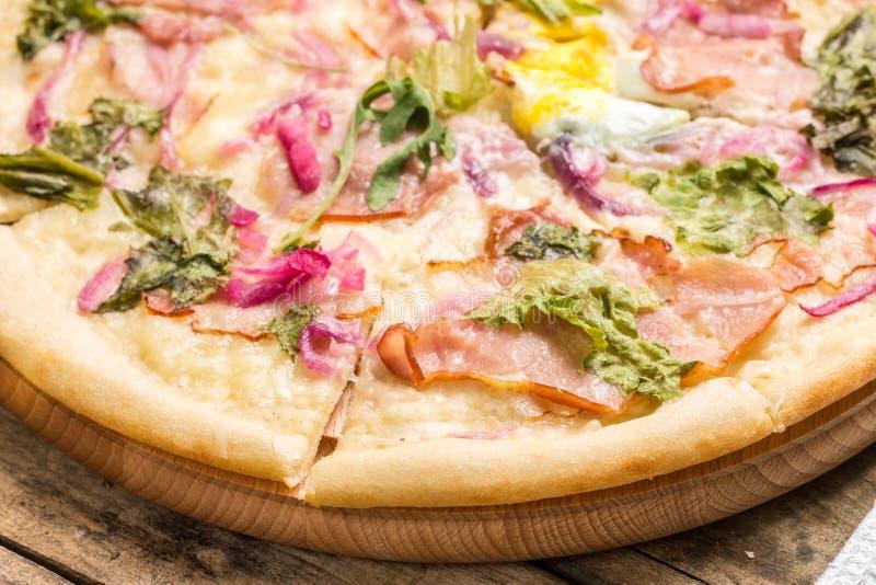 Pizza rebanada fotografía de archivo libre de regalías