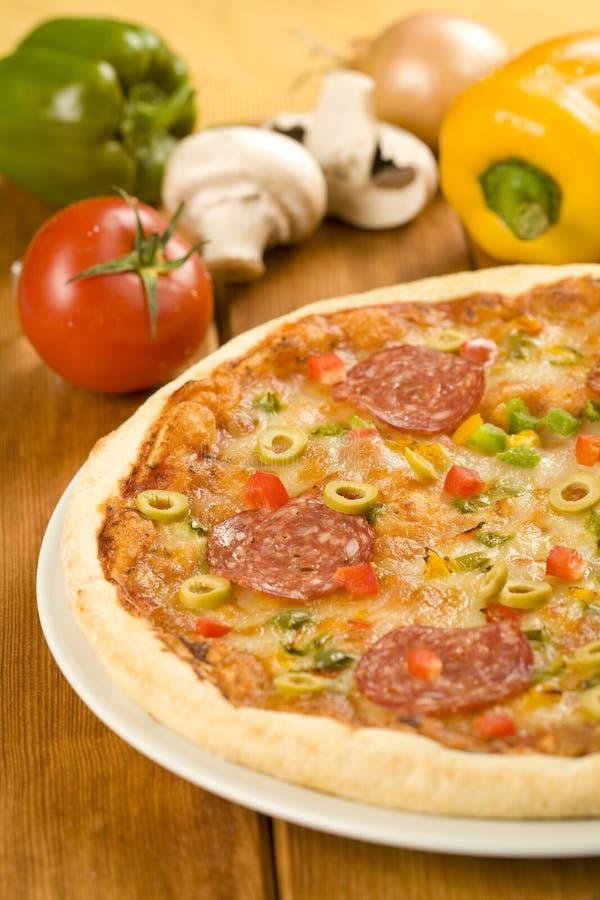 Pizza savoureuse images libres de droits