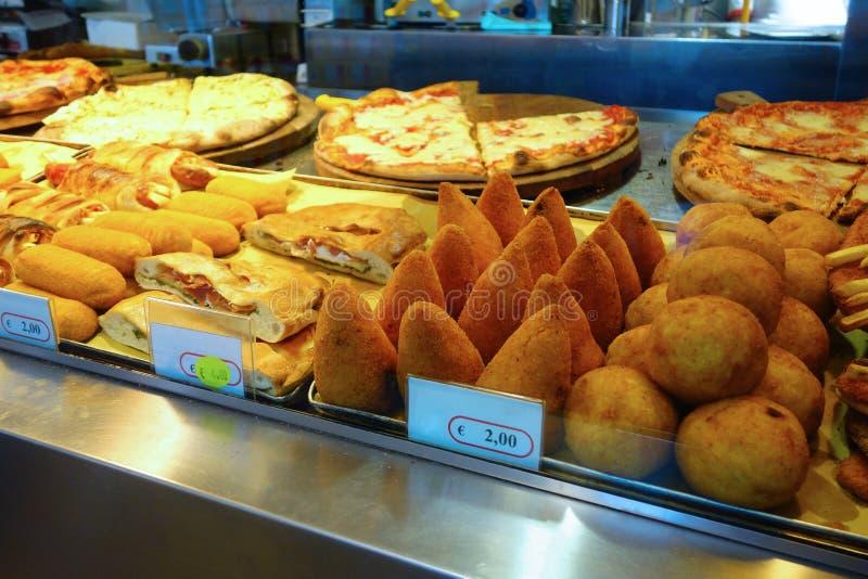 Pizza Suppli Arancino arkivbild