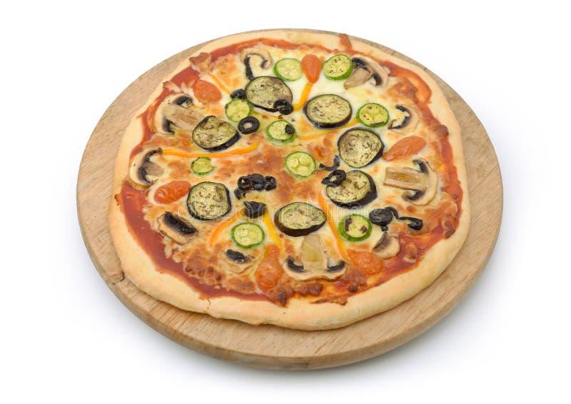 Pizza vegetariana aislada foto de archivo