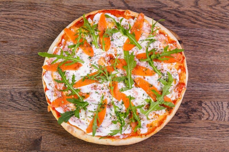 Pizza z łososiem zdjęcie royalty free