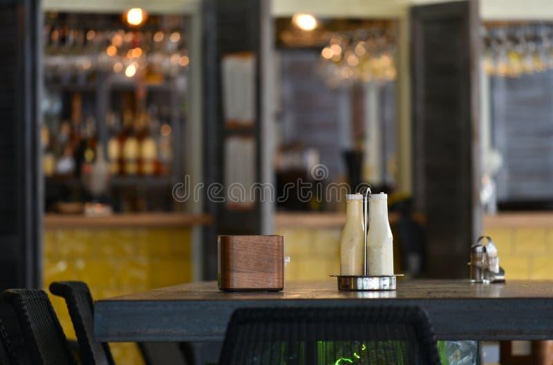 Pizzeria del caffè interna immagini stock