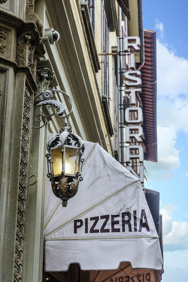 Pizzeria het Afbaarden royalty-vrije stock afbeeldingen