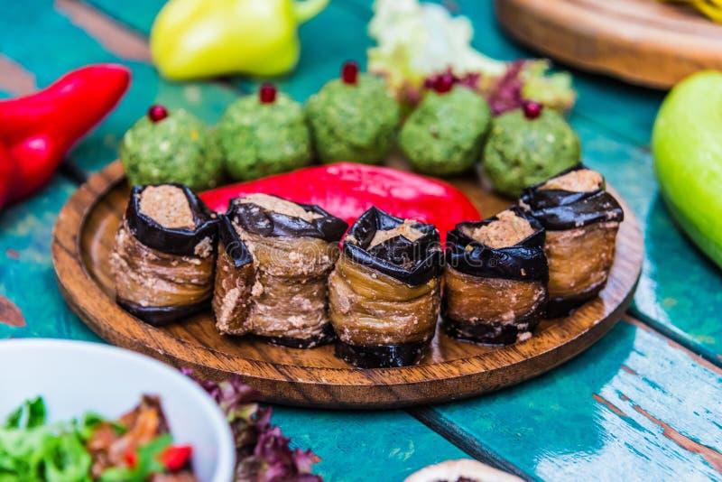 Pkhali, traditionele Georgische schotel van gehakt en fijngehakt veggies stock fotografie