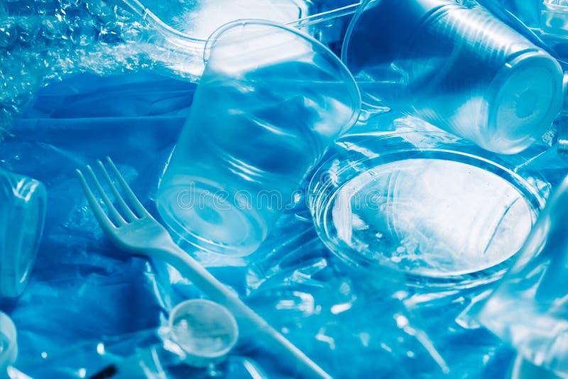 Plástico biodegradable de la ecología de la contaminación de agua imagen de archivo