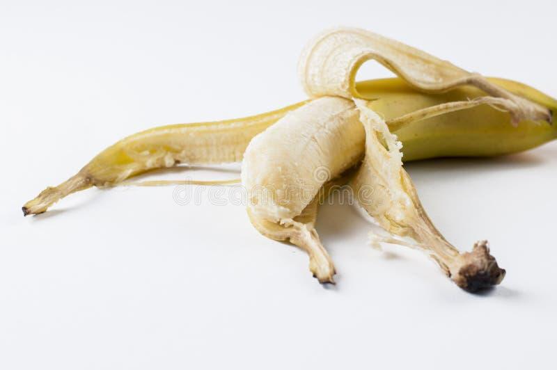 Pl?tano aislado en un fondo blanco Fruta tropical foto de archivo