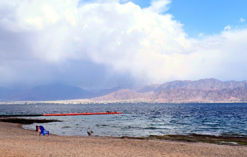 Plaża w izrael z widokiem Jordan fotografia stock