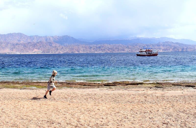 Plaża w izrael z widokiem Jordan obraz stock