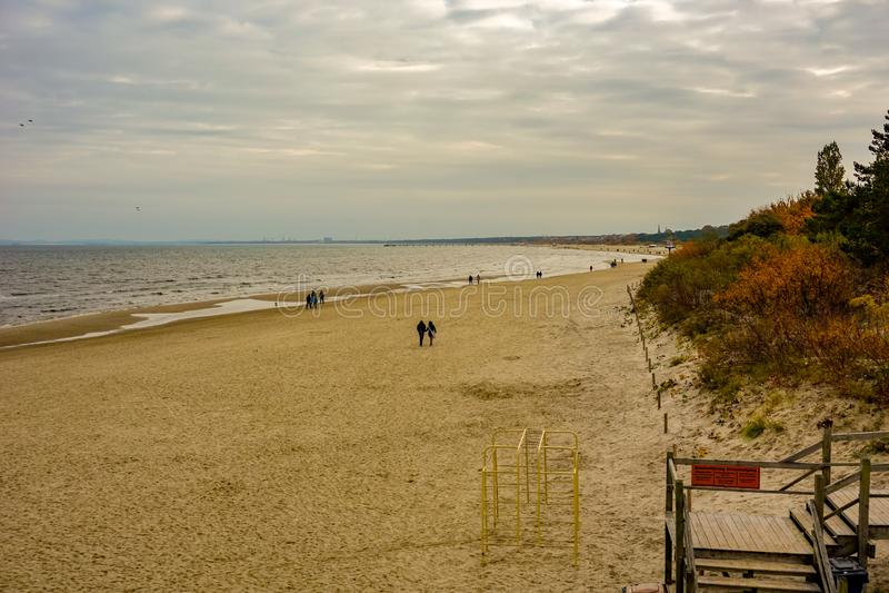 Plaża Heringsdorf Niemcy przy wyspą usedom w jesieni zdjęcie stock