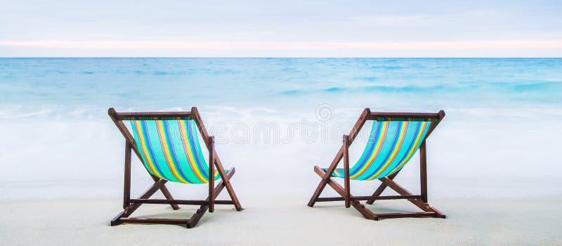 plaża przewodniczy hol tropikalnego Wakacje i urlopowy pojęcie obrazy royalty free