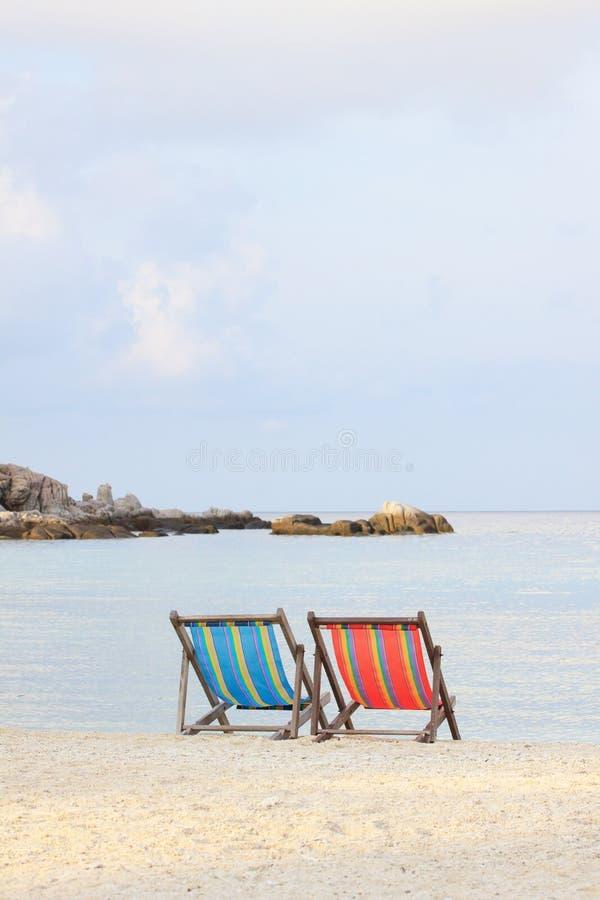 plaża przewodniczy pary obrazy royalty free