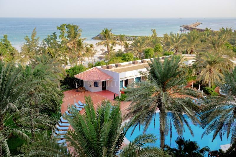 Plaża przy luksusowym hotelem fotografia royalty free