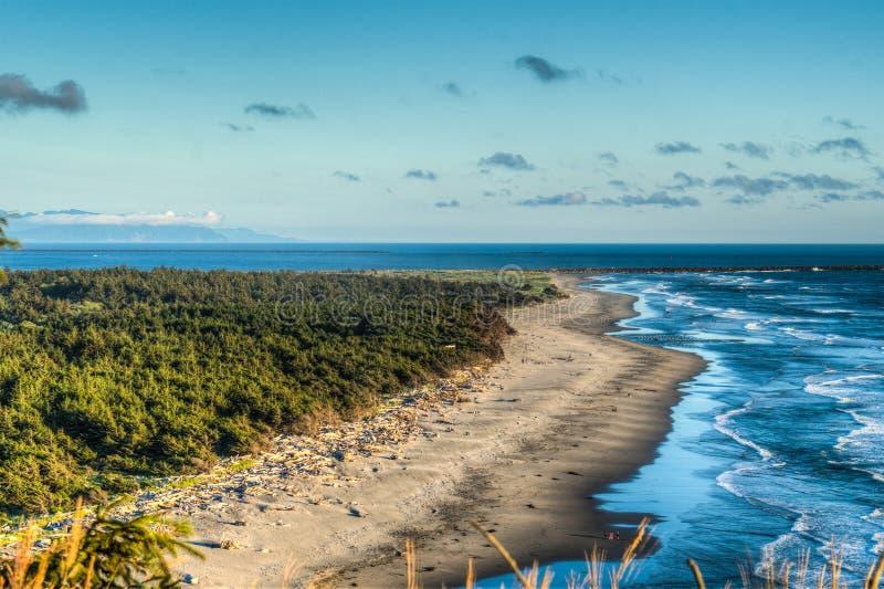 Plaża przy północy głowy latarnią morską na Południowym Waszyngton wybrzeżu obraz royalty free