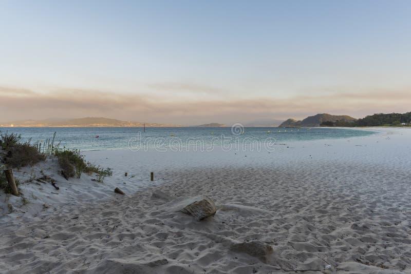 Plaża Rodas Cies wyspy Pontevedra, Hiszpania, - obraz stock